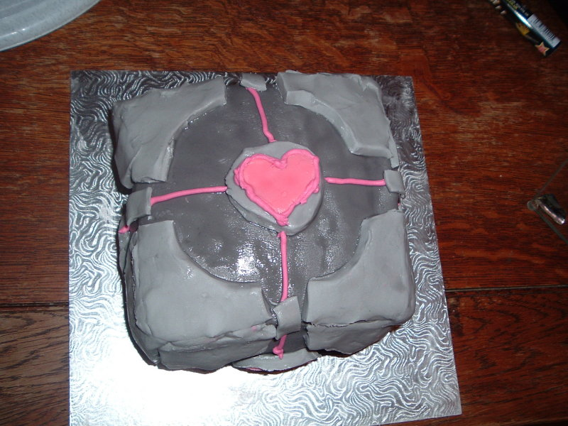 Finished Weighted Companion Cube Cake